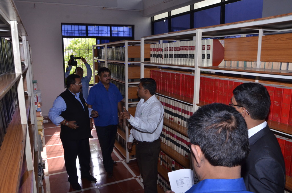 BCI_Committee_visited_the_Library_on_9th_November_2015